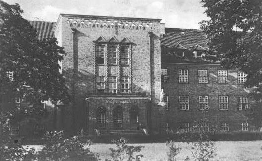 przedwojenna_fasada_budynku